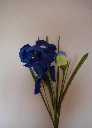 Искусственные цветы для интерьера ирисы