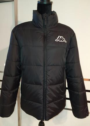 Черная короткая спортивная демисезонная куртка курточка kappa оверсайз