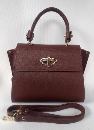 Стильная кожаная сумка-портфель среднего размера коричневая vera pelle италия