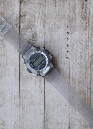 Детские электронные часы для мальчика.