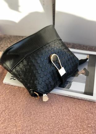 Новая черная удобная кроссбоди сумка через плечо