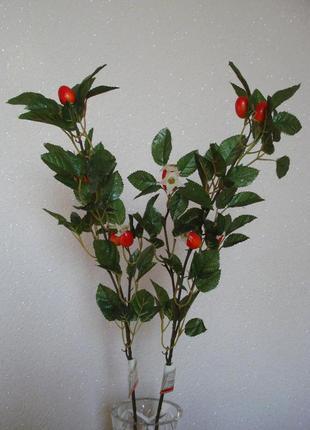Искусственные цветы шиповник