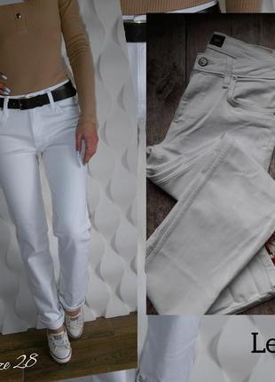 Шикарные прямые джинсики lee