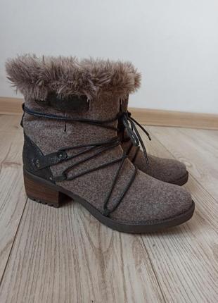 Cтильные ботинки из войлока / кожы bata