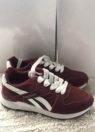 Бордовые женские кроссовки новые ! megasale на последний размер