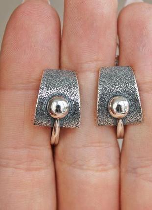 Серебряные серьги хайтек