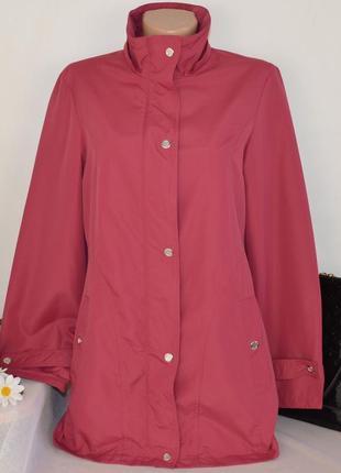 Брендовая розовая легкая куртка на молнии с карманами без капюшона rowland's этикетка