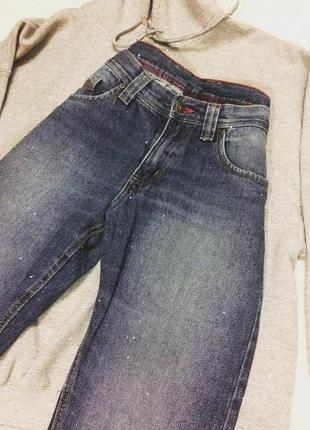 Качественные стильные джинсы прямые