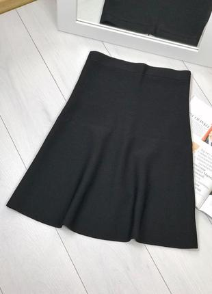 Черная юбка zara из плотного эластичного трикотажа