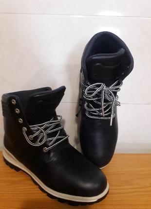 Ботинки кожаные.,,adidas,,оригинал.