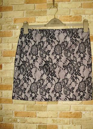 Красивая кружевная юбка на резинке размера l