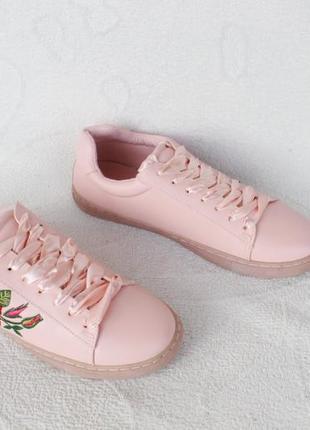Кеды, кроссовки 37, 38, 39, 40, 41 размера с вышивкой
