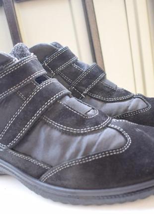Замшевые ботинки на лиучках мембранные зимние демисезонные