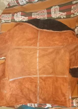 Рыжая дублёнка из натуральной кожи и меха.