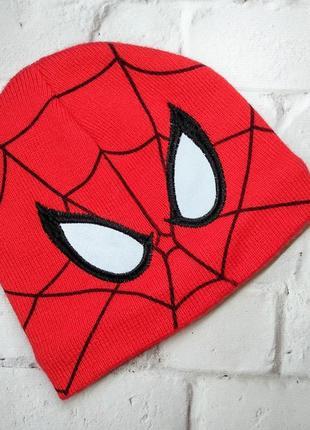 Marvel шапка человек паук на флисе 8-12 лет.
