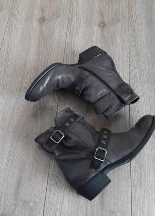 Кожаные ботинки,ботильоны,полусапожки