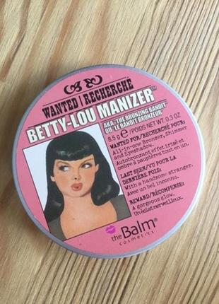 Хайлайтер thebalm cosmetics betty-lou manizer