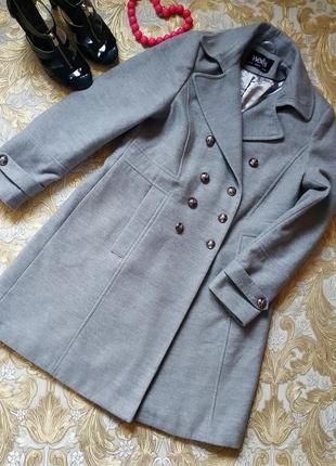 Шикарное пальто. на бирке- 14 р-р(48-50)
