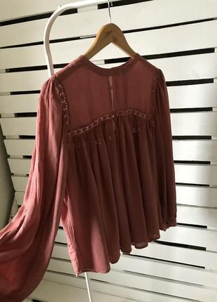 Красивая воздушная блуза