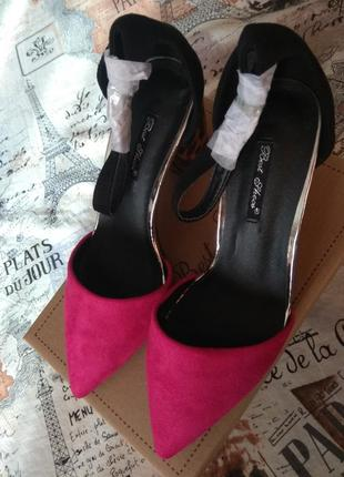 Туфли открытые с классным каблуком