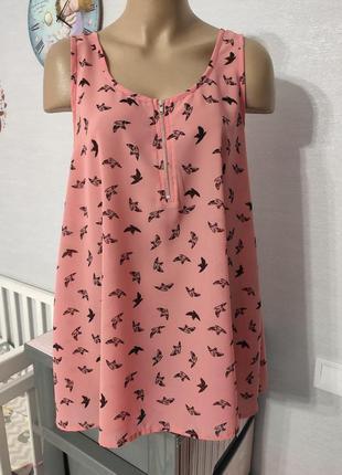 Милая блузочка в птичках , 48 размер наш
