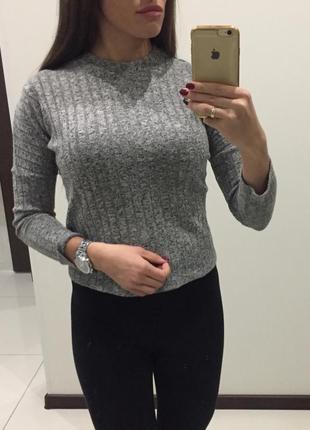 Стильный серый серый свитер топ /кофта / гольф в рубчик /фактурный в мелкую цветную крапинку /свобод1