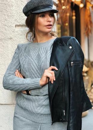 Новый шерстяной свитер s