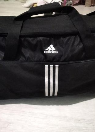 Спортивная сумка большая оригинал фирменная