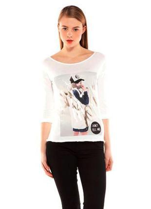 Белый пуловер с принтом bershka, s1