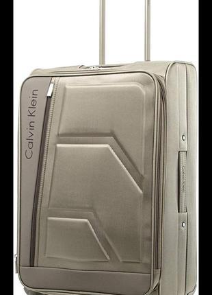 Стильный, невероятно удобный дорожный чемодан от calvin klein