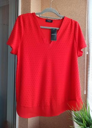 Красивая стильная яркая красная трикотажная блуза со вставками из шифона