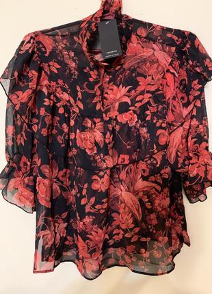 Блуза в цветы