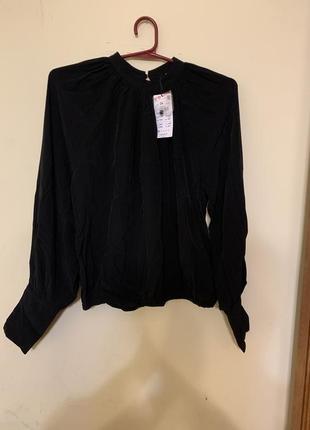 Блуза с красивыми рукавами