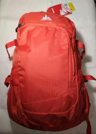 Спортивный рюкзак оранжевого цвета