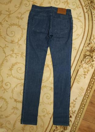Женские оригинальные джинсы