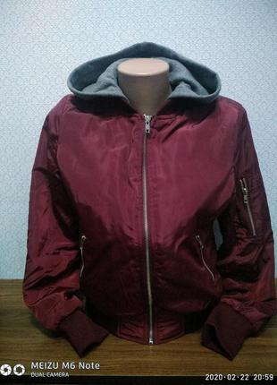 Классная крутая куртка бомбер демисезонная деми шикарный цвет марсал