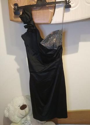 Вечернее коктейльное платье