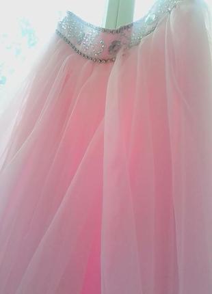 Нежно-розовый вечерний костюм р.134-140