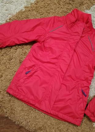 Брендовая легкая демисезонная куртка на 7-8 лет (можно раньше)