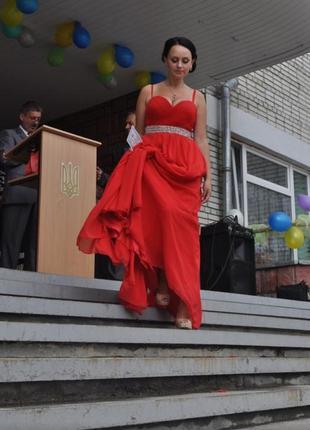 Весернее платье