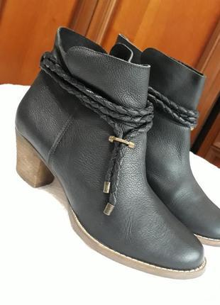 Eram франция брендовые кожаные#шкіряні ботинки#полуботинки100% натуральная кожа.