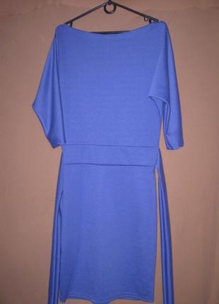 Платье красивого цвета