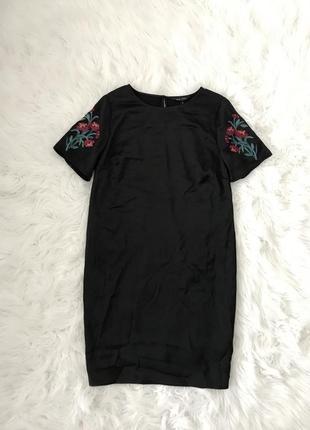 Шикарное платье с вышивкой s/m new look англия 🏴