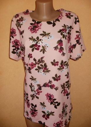 Блуза с цветочным рисунком р.18 , евро 46