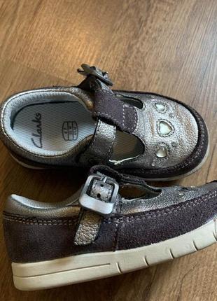 Стильные туфельки clarks бронзового цвета