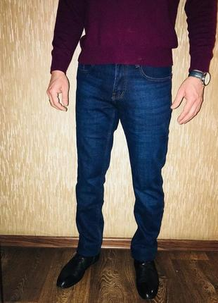 Джинсы мужские утепленные. джинсы мужские темно-синие и черные.