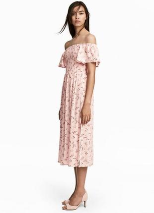 Крутое вискозное платье миди в цветочек нежного пудрового цвета h&m 42