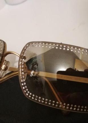 Солнцезащитные очки chanel  оригинальные. украшены камнями swarovski.