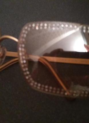 Солнцезащитные очки chanel  оригинальные. украшены камнями swarovski.2 фото