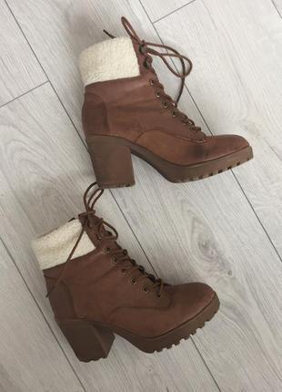 Ботинки, ботинки на удобном каблуке, коричневые ботинки.